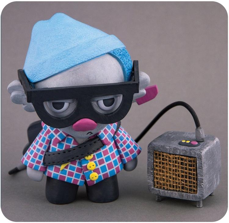 Rok sculpture amp keytar - toydesign - roarwithlukas | ello