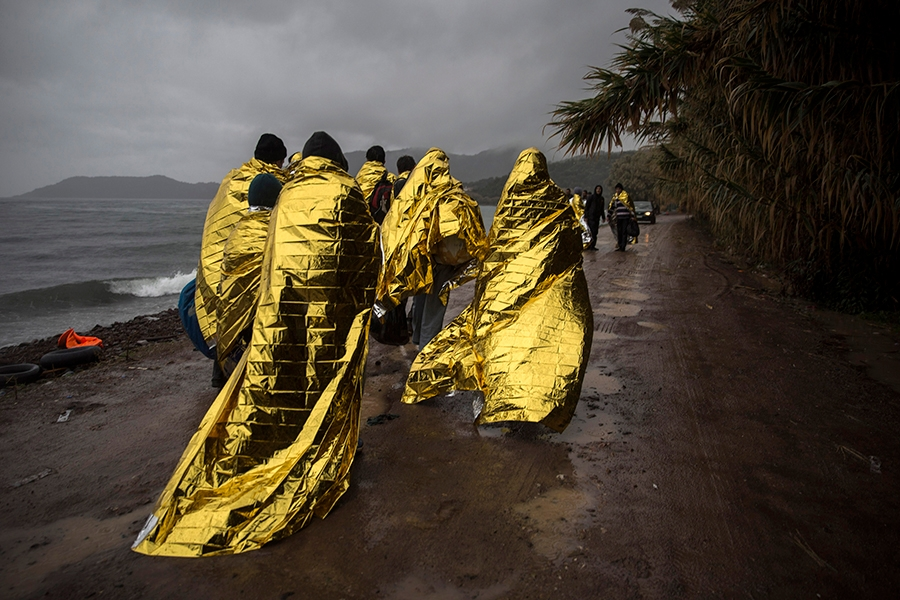 Refugees migrants cover thermal - thinkoutsidethebox | ello