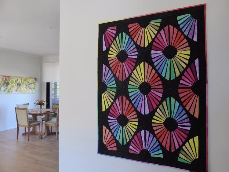 amazing quilt Kerry Wakeley. fa - fabricgarden | ello