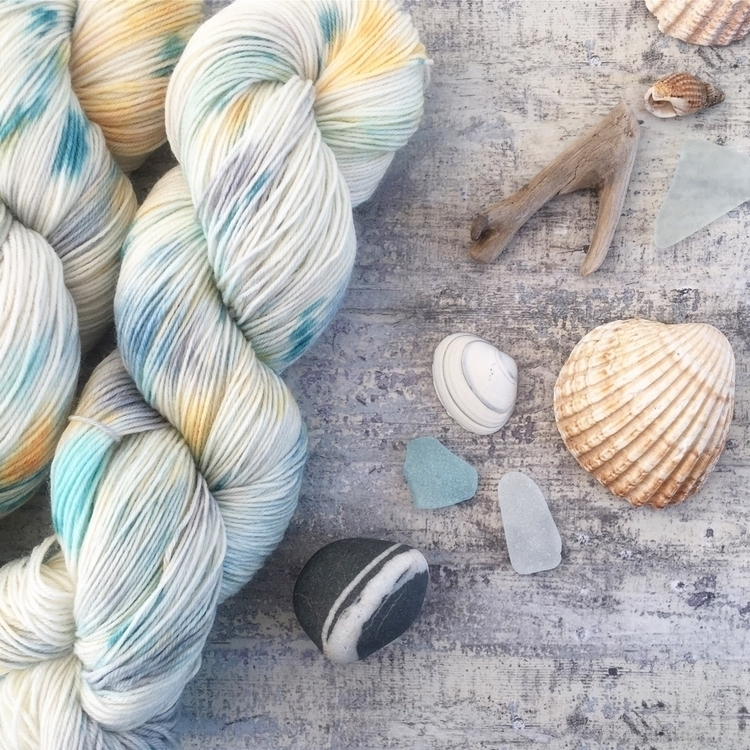 Winter Seaside Super Wash Merin - missmoffatyarns | ello