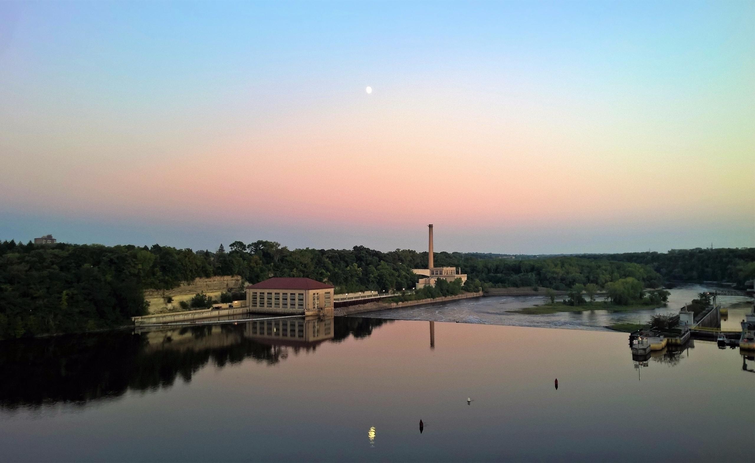 Lock Dam-#1 - Mississippi, Minnesota - sucramlednarb | ello