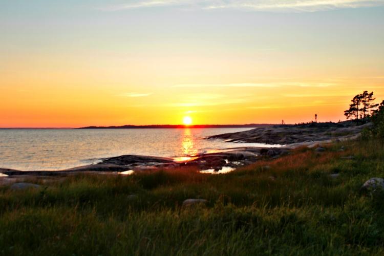 Finland, Porkkala, sunset, summer - mentira0 | ello