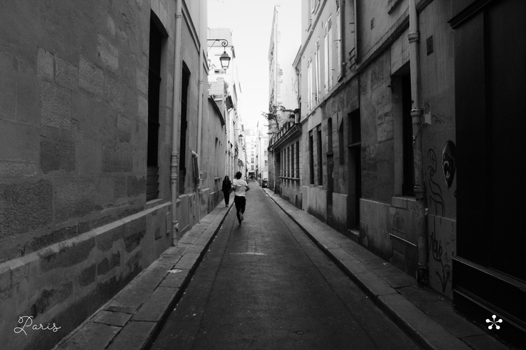 Paris, Napoleon street - joaocabral | ello