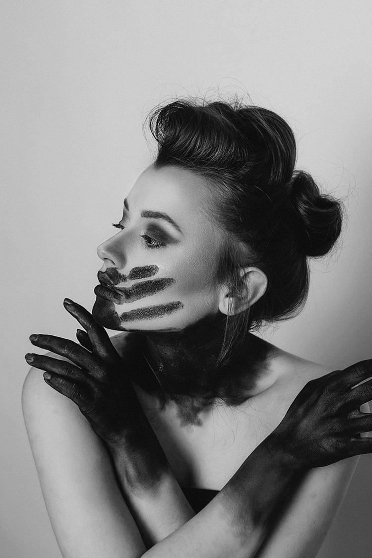 """Raven"" — Photographer:Simone  - darkbeautymag | ello"