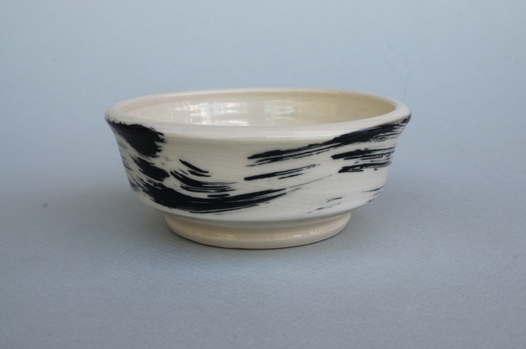 Shallow stoneware bowl: clear g - mhedges | ello