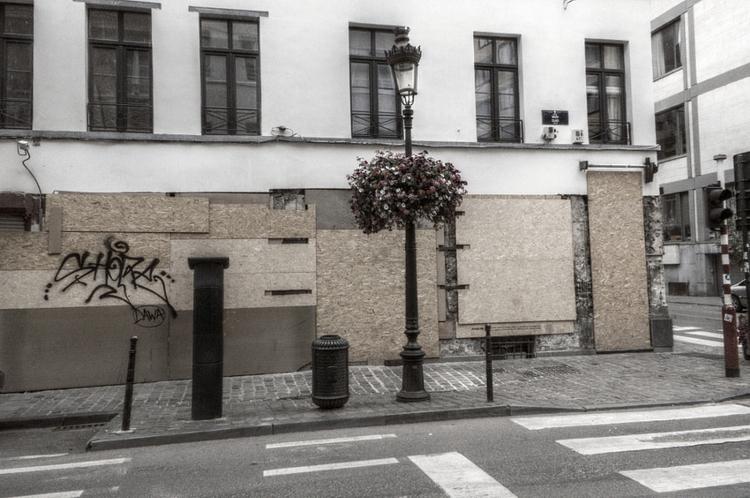 Brussels Underground episode se - studio_zamenhof | ello