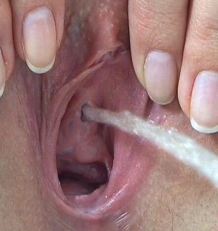 love pic. pee hole big put smal - largep | ello