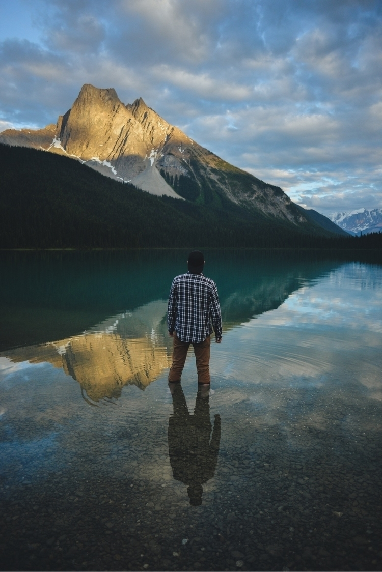 Mesmerized. Emerald Lake, BC.  - davidarias | ello