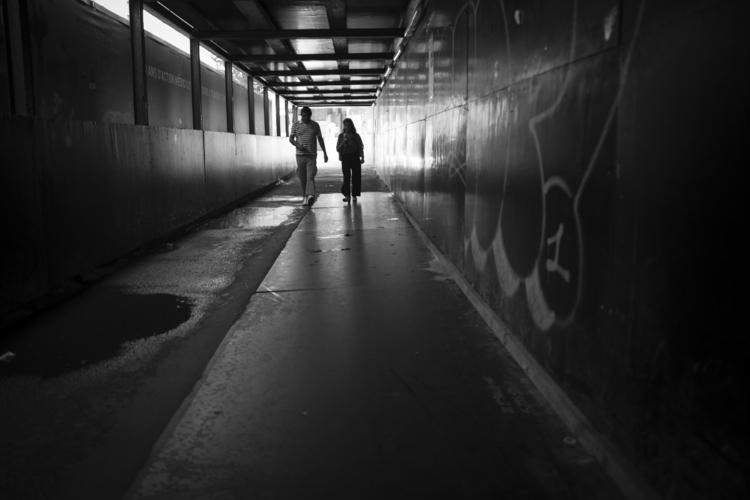 light darkness - luxembourgcity - cdelas | ello