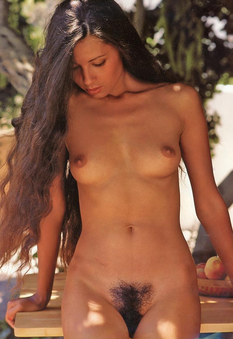 Joni Flynn {2/2 - hairy, nsfw, nude - pornographicus65 | ello