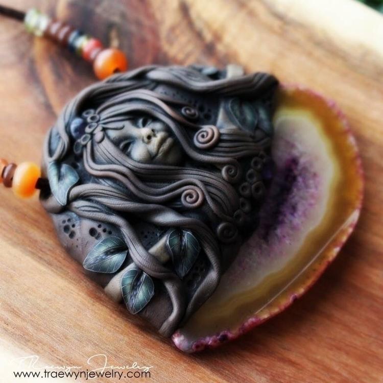 Rainbow Agate - traewynjewelry | ello