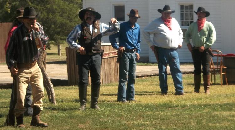 Abilene Town Gunfight (Intro) A - vincehancock | ello