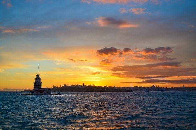 İstanbul - Kız Kulesi istanbul - neredeydik   ello