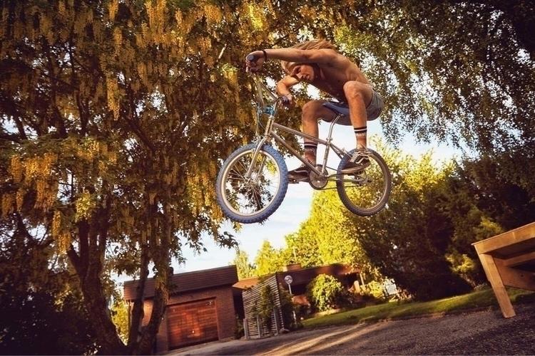 pics Monza Bicycle Club shoot T - monzabicycleclub | ello