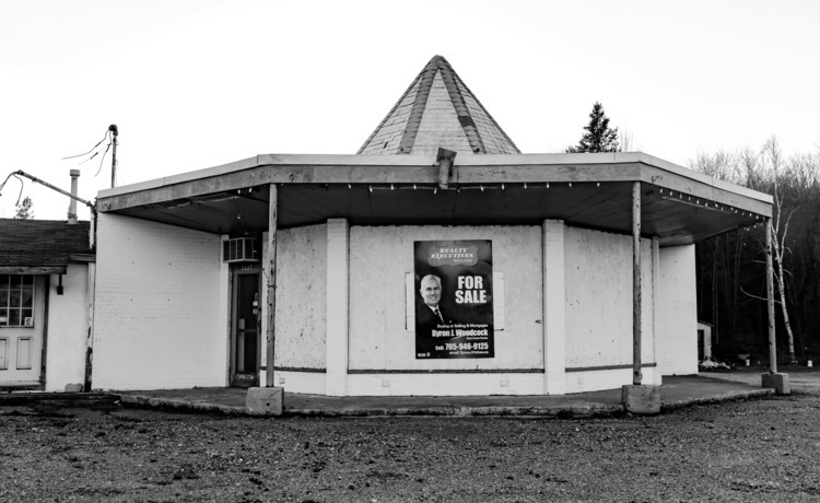 Dead Motel Series Highway 17 - 2, - lenser | ello