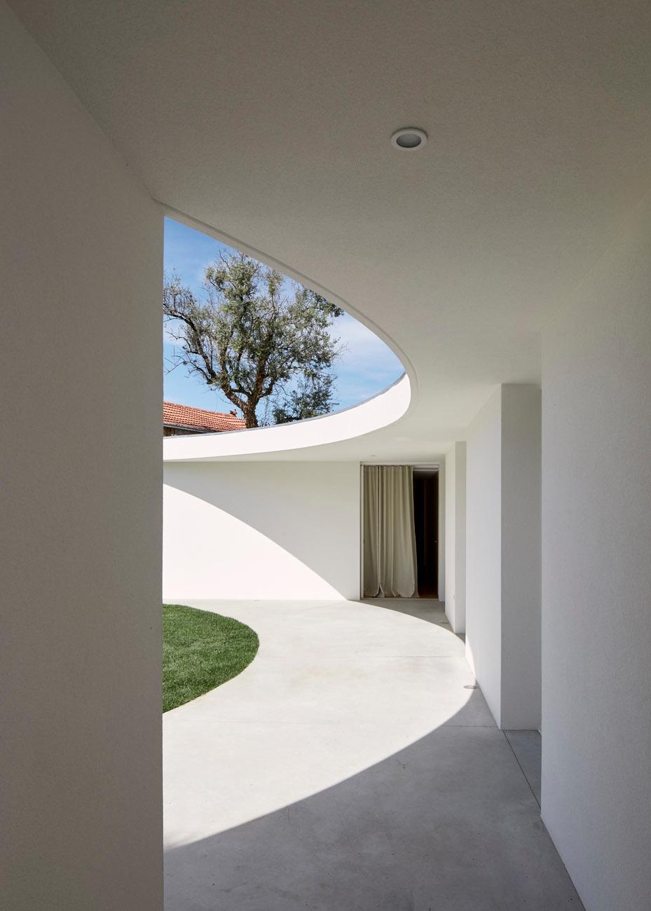 Bruno Dias Arquitectura created - thisispaper | ello