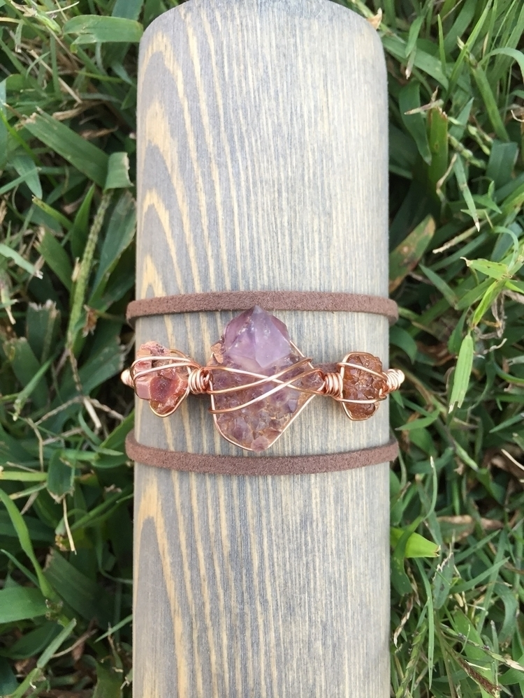 Vanadinite, amethyst spirit qua - rockfanatic | ello