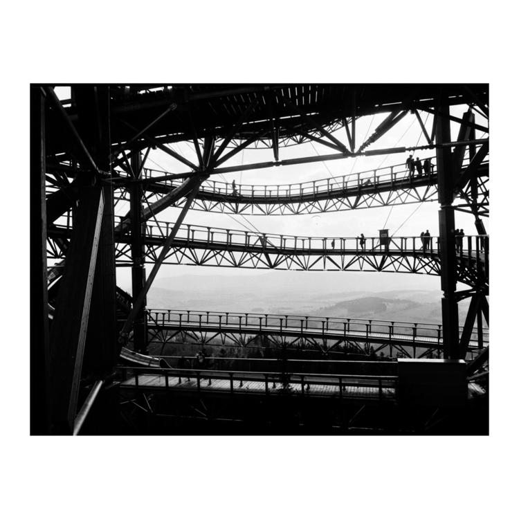 Instagram - 120mm, mediumformat - _kasimir | ello