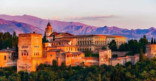 Viaja Granada en Pareja - planesenparejaes | ello
