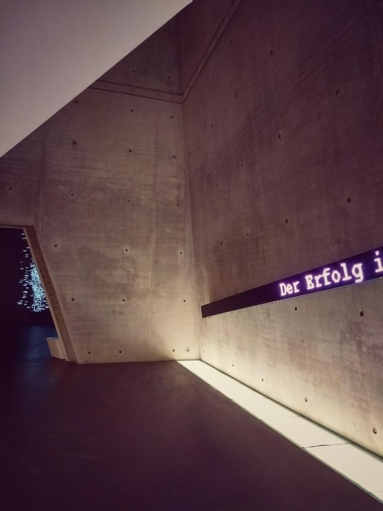der erfolg - installation, art, museum - claudio_g_c   ello