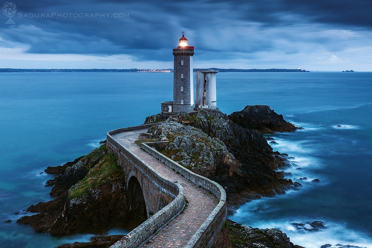 Petit Minou Lighthouse Plougonv - hsphotos | ello