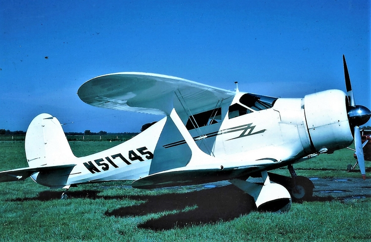 [Quechua - plane, aircraft, Nebraska - hatun | ello
