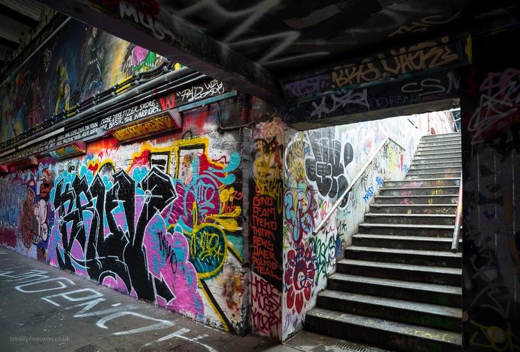 Leake street - graffiti, art, London - toni_ertl | ello