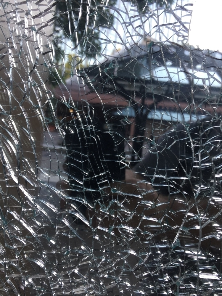 Shattered  - pdx, portland, commute - networkabstracted | ello