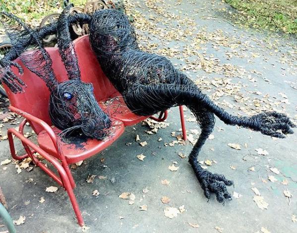 Josh Cote wire sculpture cotefi - lilavert | ello