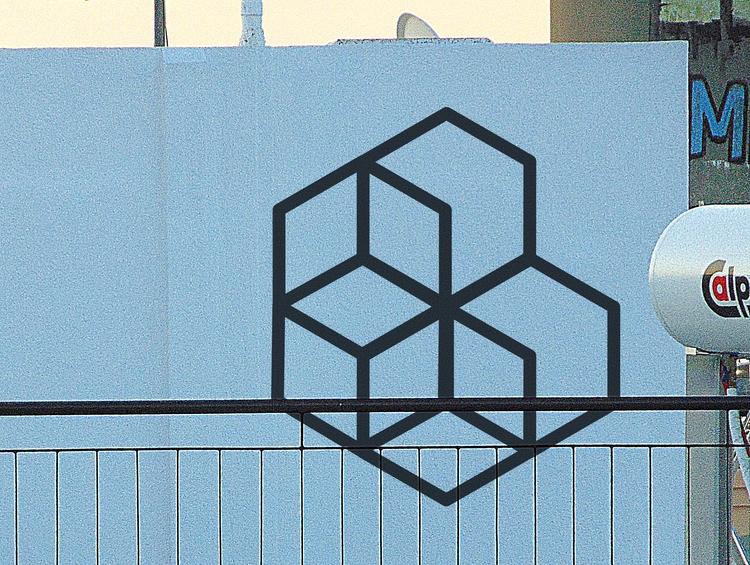 Horse - exagon, monochrome, geometric - petro5va5iadi5 | ello