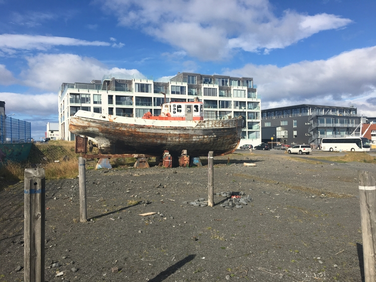 iPhone shot walking Reykjavik h - vikingisaverb | ello