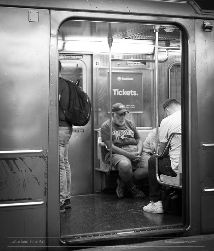 York City Subway, 31 August 201 - wlotus   ello