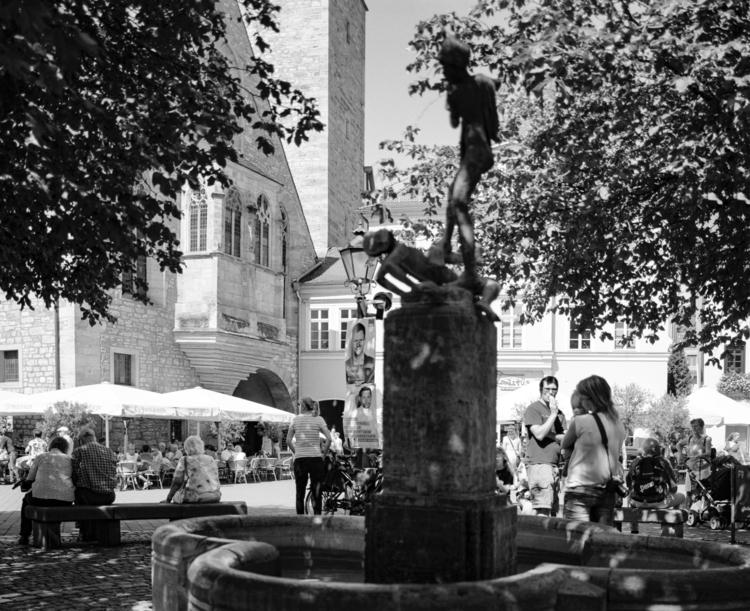 Street Photography Erfurt Mehr  - royfocke   ello