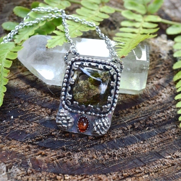 Woodland pendant featuring moss - lunafloradesigns | ello