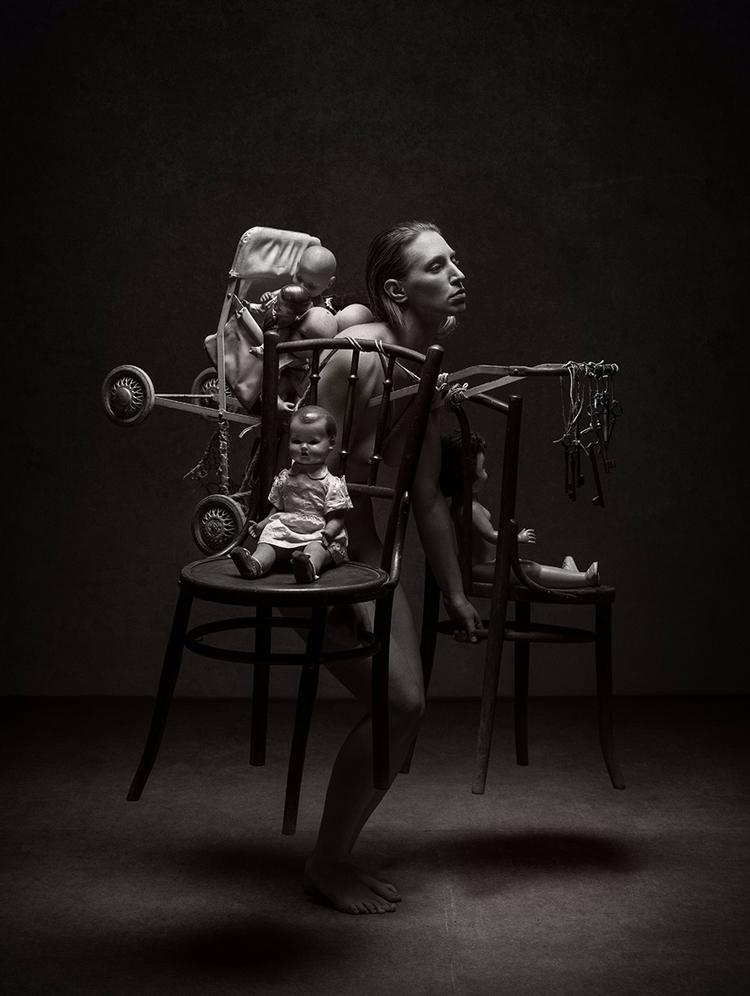 """Burden"" — Photographer/Concept - darkbeautymag | ello"