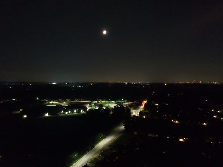Night lights - mariovegas | ello
