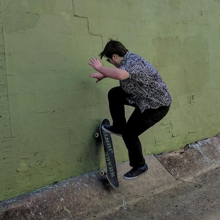 Skate Sesh - Skateboarding, ShakeJunt - erickag | ello