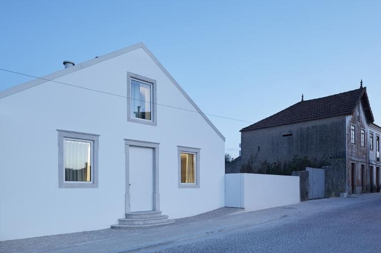 Ansião House, Portugal Bruno Di - elloarchitecture | ello