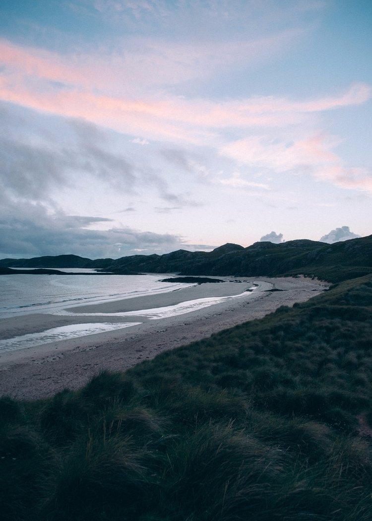 tide remote beach northern scot - lavisuals | ello