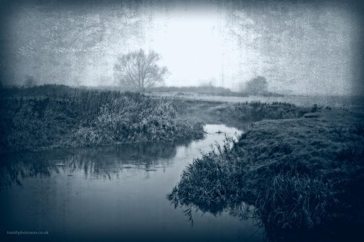 Somerton, rural, river, aged - toni_ertl   ello