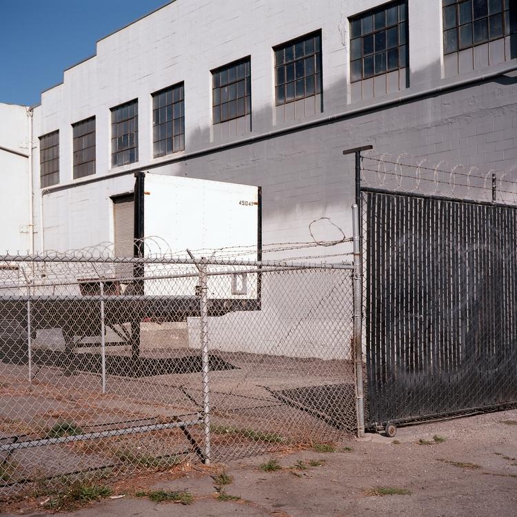Black white Kodak Ektar 100 Mam - biosfear | ello