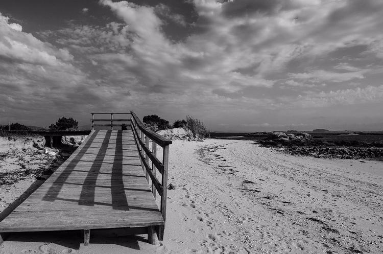 Shadow - shadow, beach, photography - santi_dieste | ello