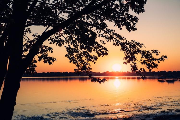 12 pro steps shoot stunning sun - francisdufour | ello