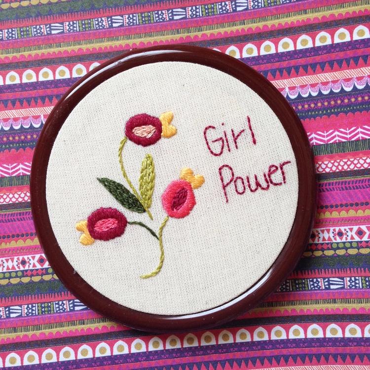 Mini hoop handmade Embroidery C - fofysfactory | ello