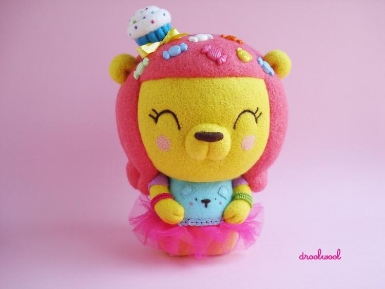 Harajuku Sweetie Bear, big Art  - droolwool | ello