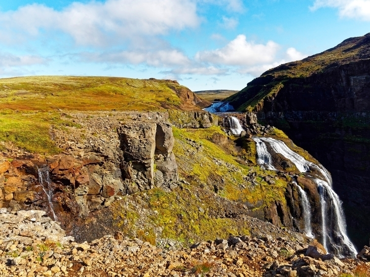 Glymur falls (5 photos). narrow - vikingisaverb | ello
