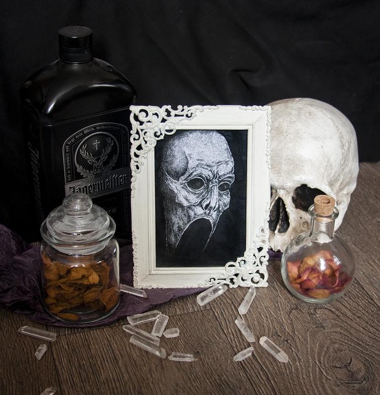 nice weekend guys - skull, oddities - dustyburrow   ello