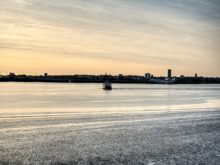 Ferry Cross Mersey - actual cro - neilhoward | ello