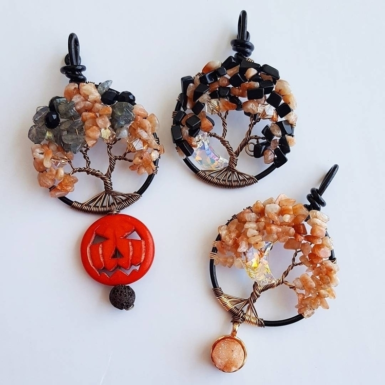 Halloween Mini Tree Collection  - kays_kreationss | ello