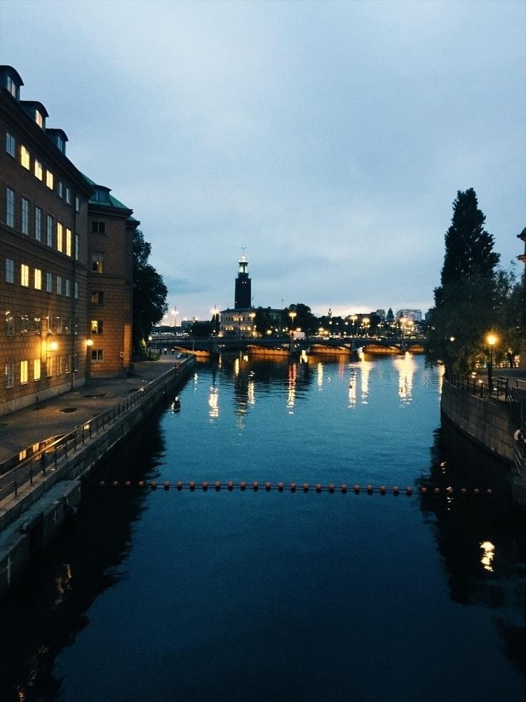 Stockholm City Night - stockholm - renspacemadness | ello
